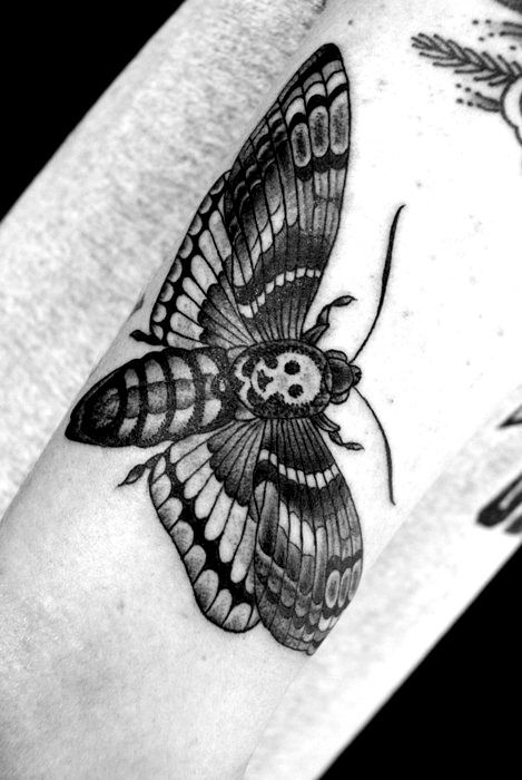 Hawk Moth Death Tattoo Tattoo Designs And Meanings Tattoos