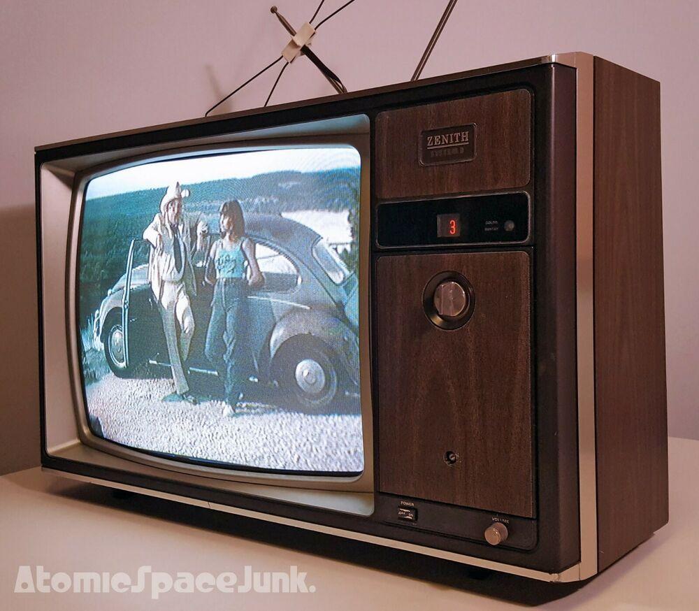 1982 Zenith System 3 19 Inch Tv Set Television Set Vintage Television Vintage Tv