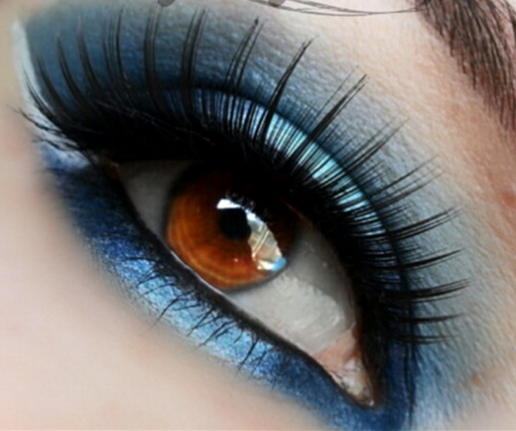 how to use eyelash curler steps. step 1: gently curl lashes with an eyelash curler. 2: apply a how to use curler steps r