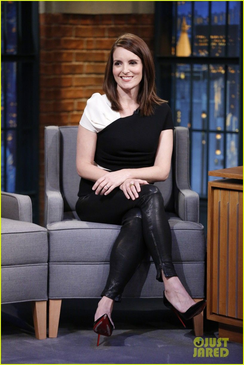 tina fey describes difference between canadian american fans 01 ... 4f00cb777b
