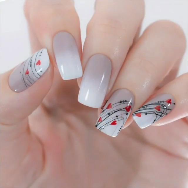 �Valentine's Day Nail Design�