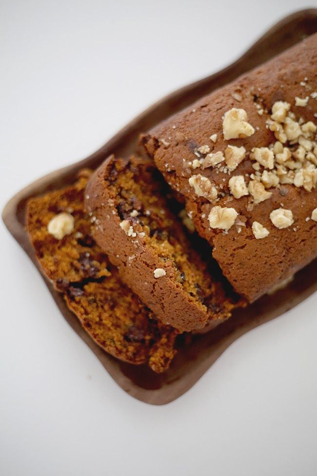 Pumpkin bread with walnuts and chocolate chips // shannon kirsten blog