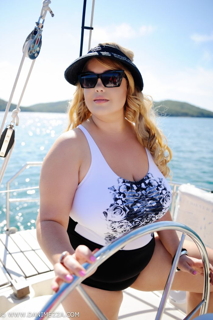 Danimezza SWIM+ Aussie Curves Plus Size Fashion Blogger Outfit swimwear resort bikini fatkini ...