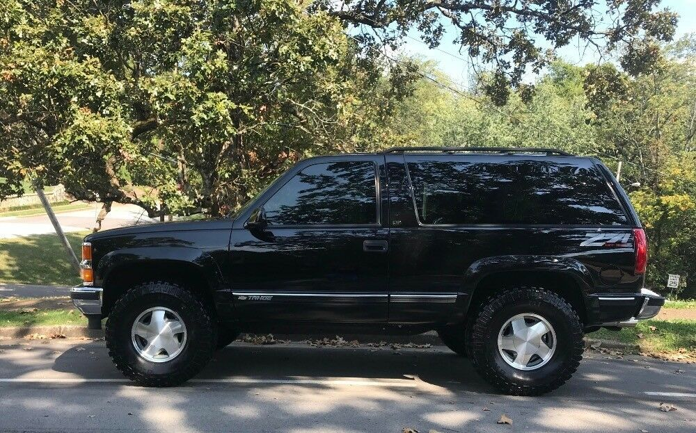 1999 Chevrolet Tahoe Lt Sport Utility 2 Door Z 71 Black 4x4 Used Chevrolet Tahoe For Sale In Chevy Tahoe Chevy Tahoe
