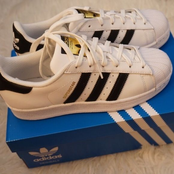 19d73a7bdafe Adidas Superstar BRAND NEW Kids size 3.5   women size 5.5 or 6 Adidas Shoes  Sneakers