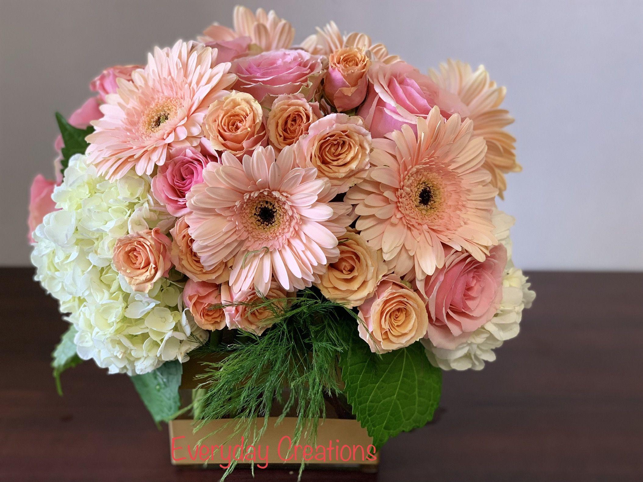 Gerber daisyspray roses and hydrangea daisy flower