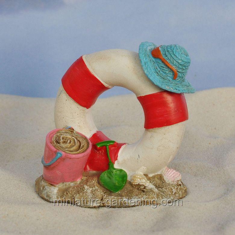 Miniature Gardening - Beach Party Life Ring #miniaturegardening #fairygarden #planningaminiaturegarden