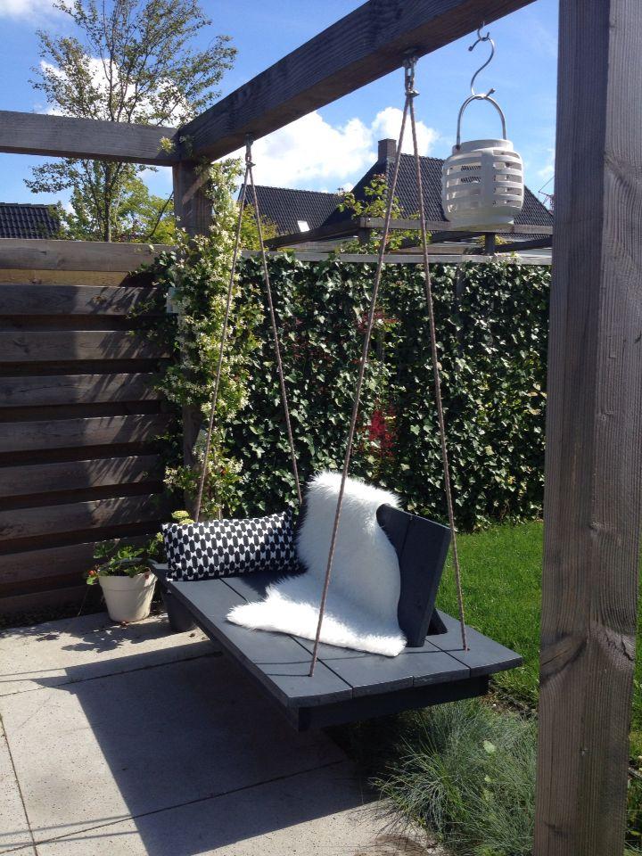 selfmade lounge schommelbank | to do | pinterest - garten, garten