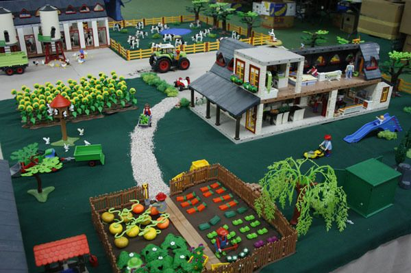 Playmobil diorama google zoeken playmobil speeltafels pinterest playmobil dioramas and - Ikea puppenhaus mobel ...