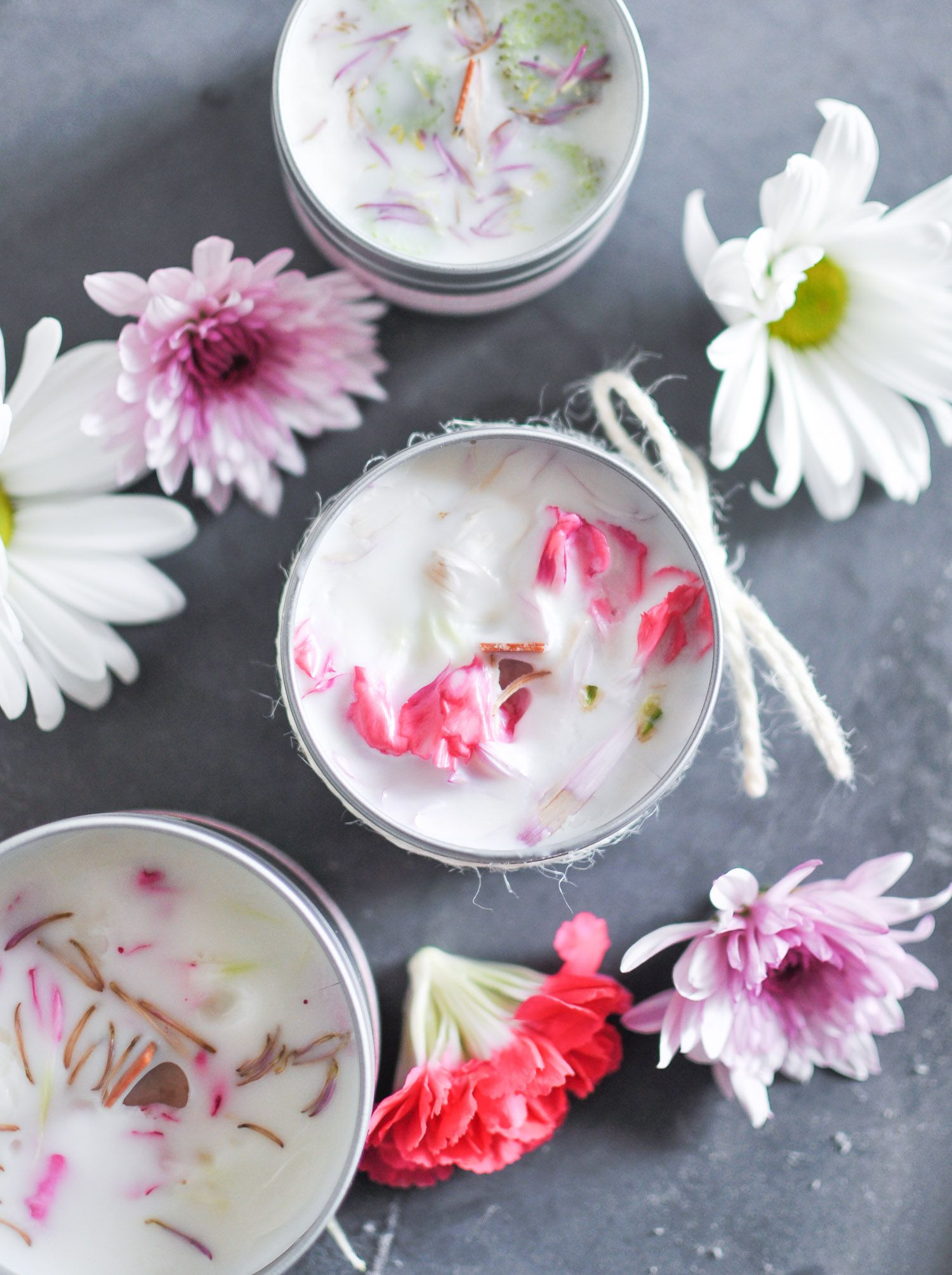 How to Make DIY Floral Candles For Any Season or Holiday