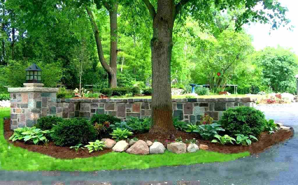 End Of Driveway Landscape Ideas Landscaping Design Plantings Traditional Half Circle