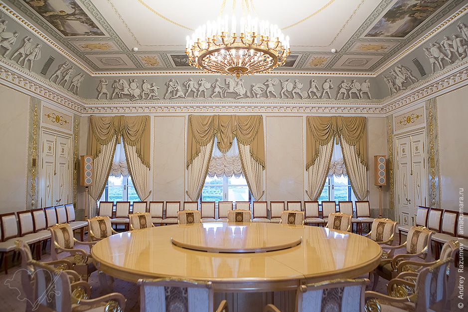 Constantine Palace The Residence Of Vladimir Putin In Saint - St petersburg tours for cruise ship passengers