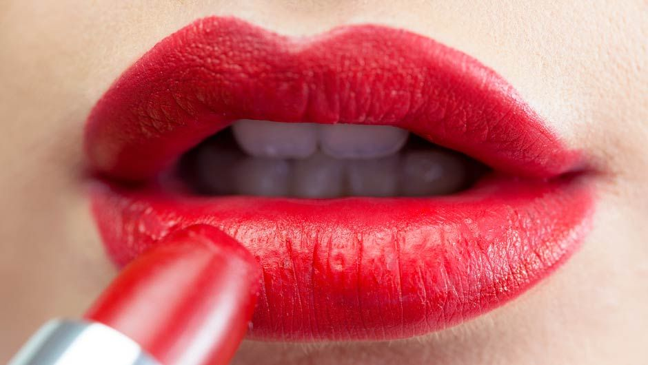Lipsticks That Make Your Teeth Look Whiter Best Red Lipstick
