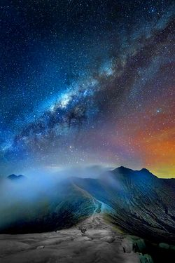 Landscape View Mountains Scenery Misty Scenic Vertical Scenery Night Skies Nature Photography