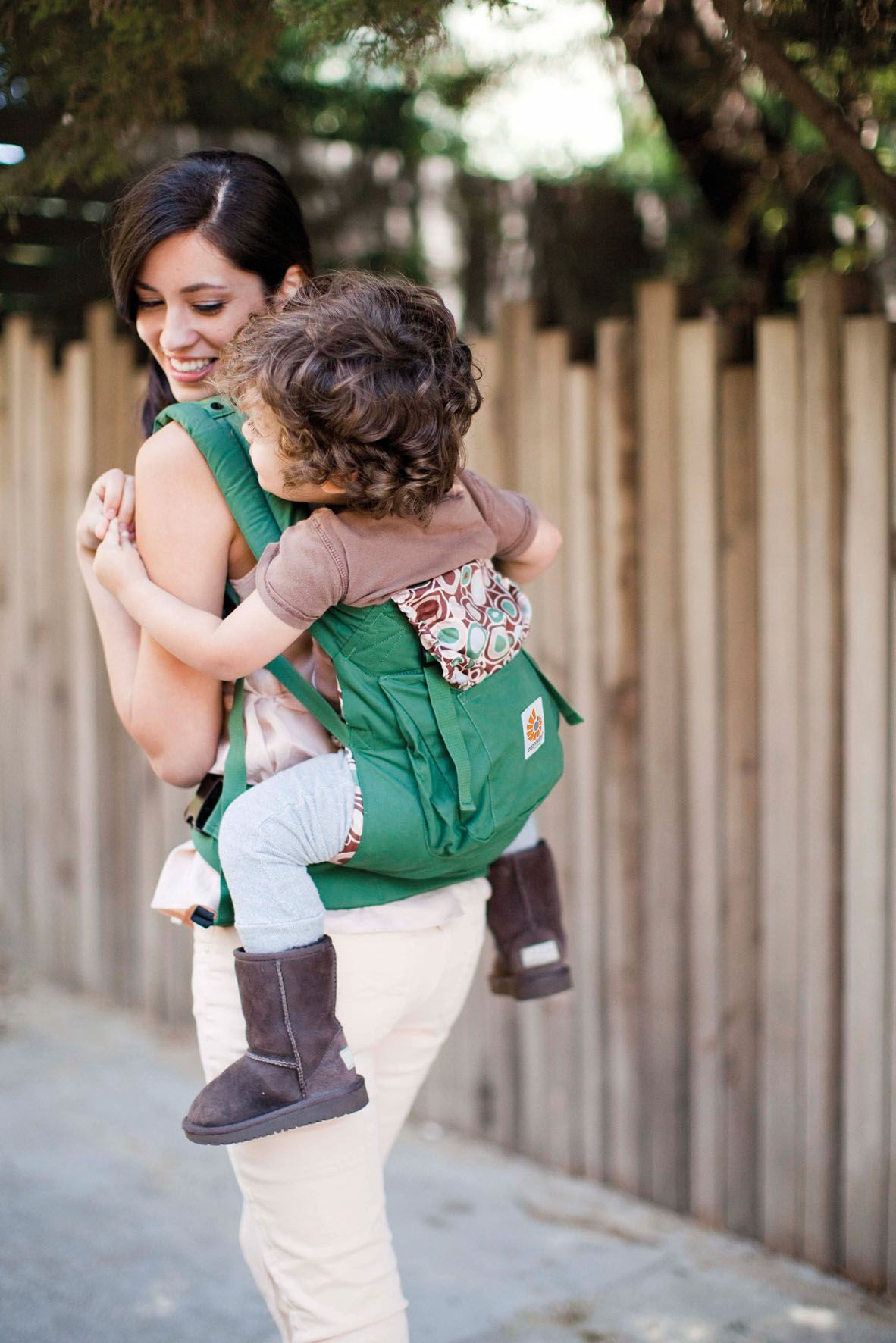5df80ee2b7b Buy ergo baby carrier back carry age