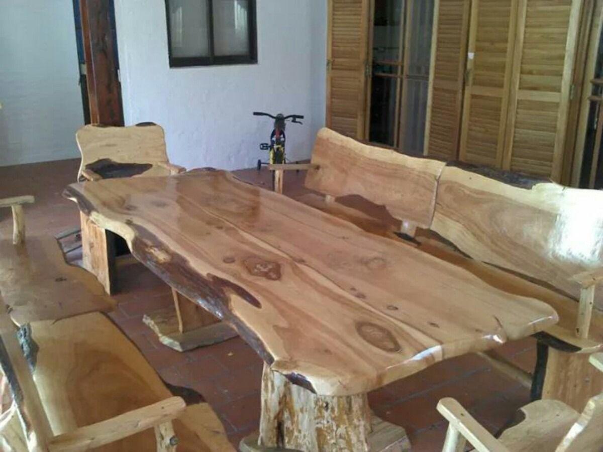 Mesas rusticas estilo tronco en cipres mesas for Mesas rusticas comedor
