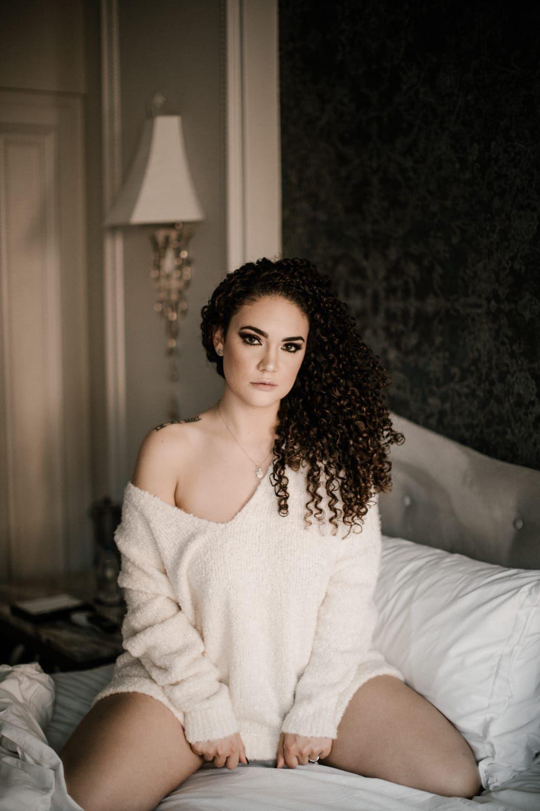 Boudoir shoot inspiration in 2020 boudoir photo shoot