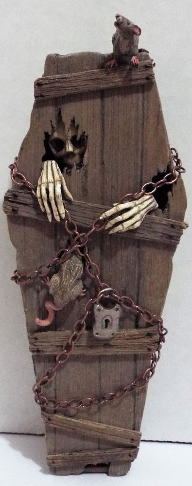 OOAK Dollhouse miniature handcrafted Skeleton in coffin rats mice Halloween #haunteddollhouse