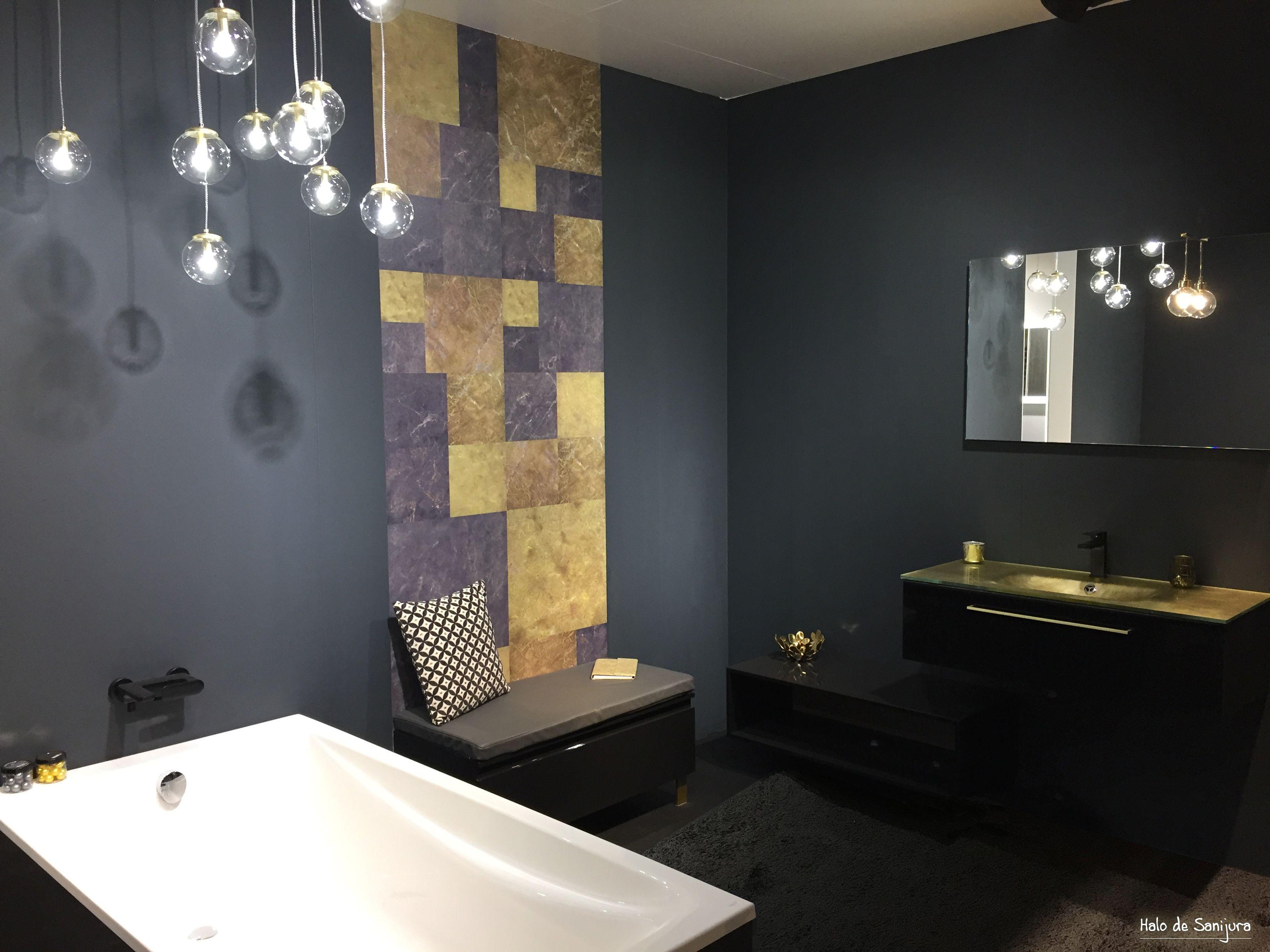 De L Or Et Du Noir Pour Votre Salle De Bain Ambiance Design Pour Votre Espace Bain Avec Un Meuble Dest Meuble Salle De Bain Salle De Bain Salle De Bain Design