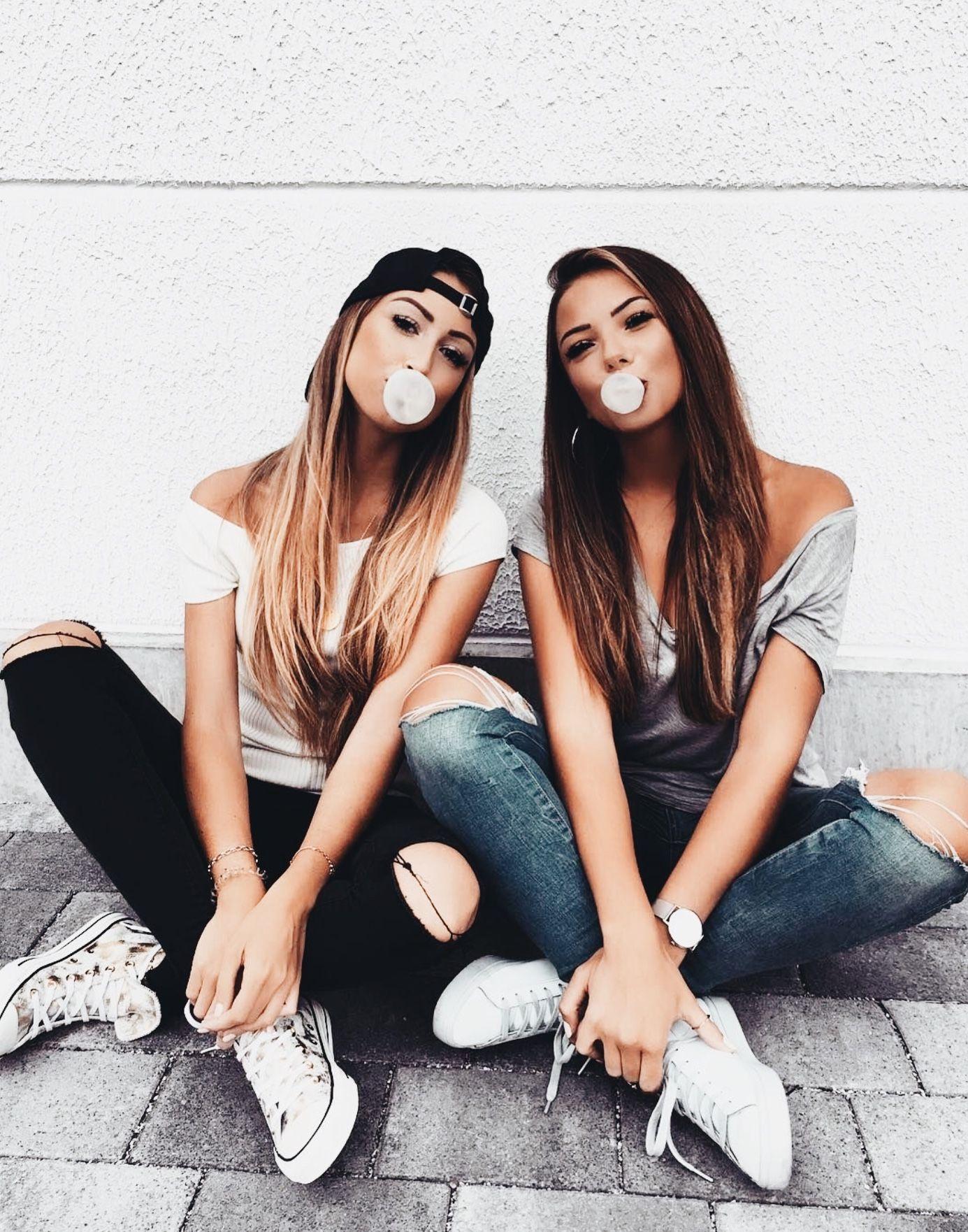 Pinterest: Trinity Dozier Board: friendship goals If you follow me I will follow you Fotos