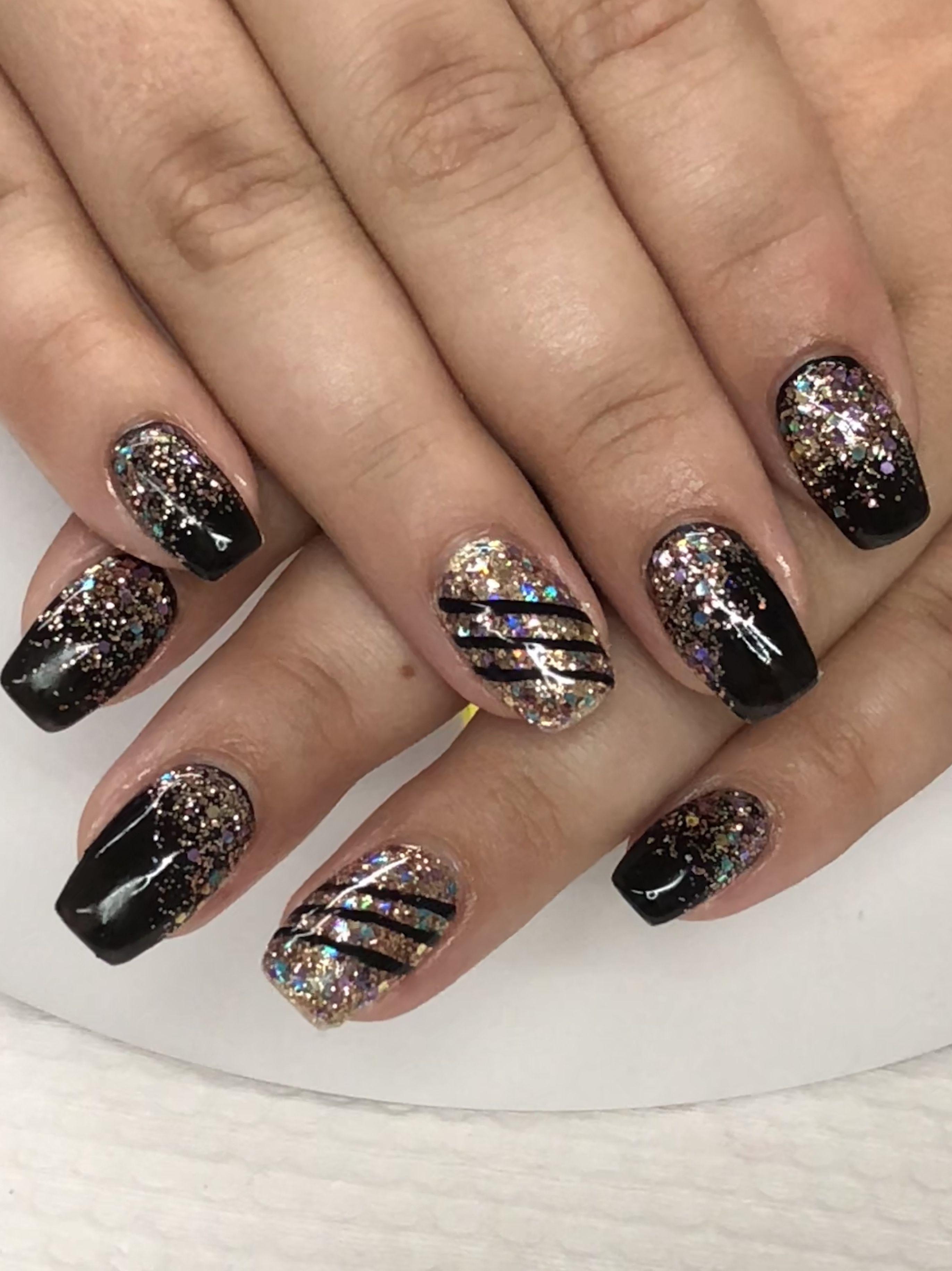 Mini Coffin Black Champagne Gold Glitter Ombre Edgy Gel Nails Light Elegance Black Tie Champagne Gel Nail Light Gel Nails Nail Designs Glitter