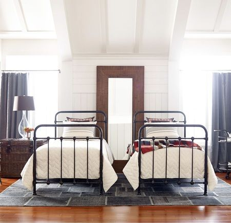 Kingsley Vintage Black Iron Twin Platform Bed Frame Iron Twin