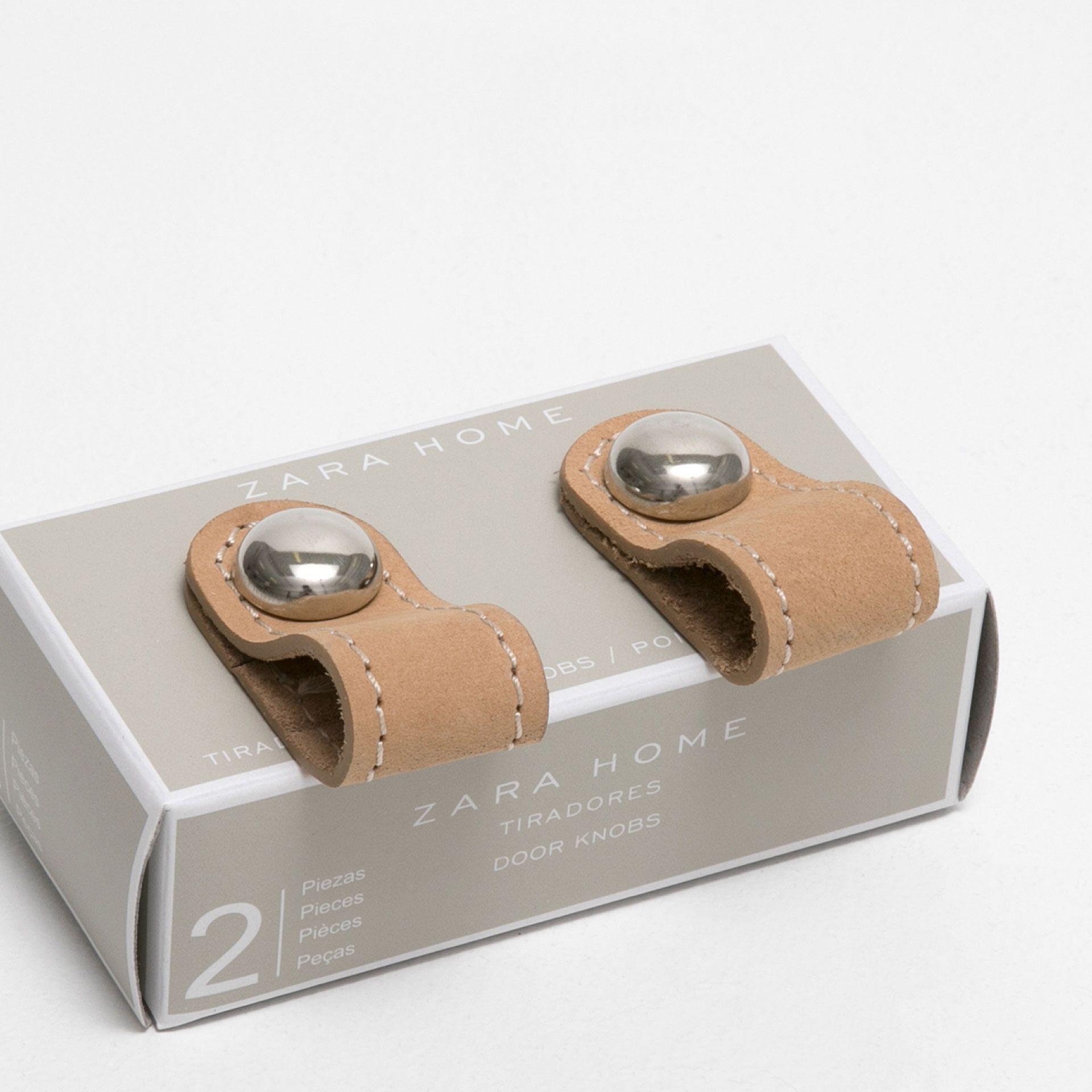 image 3 du produit bouton meuble cuir lot de 2 salon bouton de meuble cuir et meuble. Black Bedroom Furniture Sets. Home Design Ideas