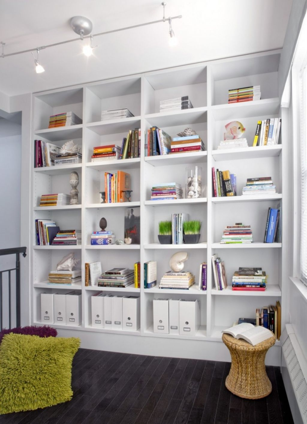 Neat And Cozy Home Library With Space Saving White Bookshelf ...
