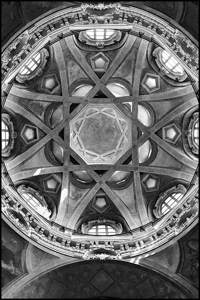 Guarino guarini cupola della chiesa di san lorenzo 1668 for Idee architettura interni