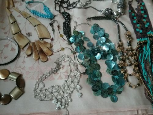 Job lot of #costume #jewellery lot 7,  View more on the LINK: 	http://www.zeppy.io/product/gb/2/291959426611/