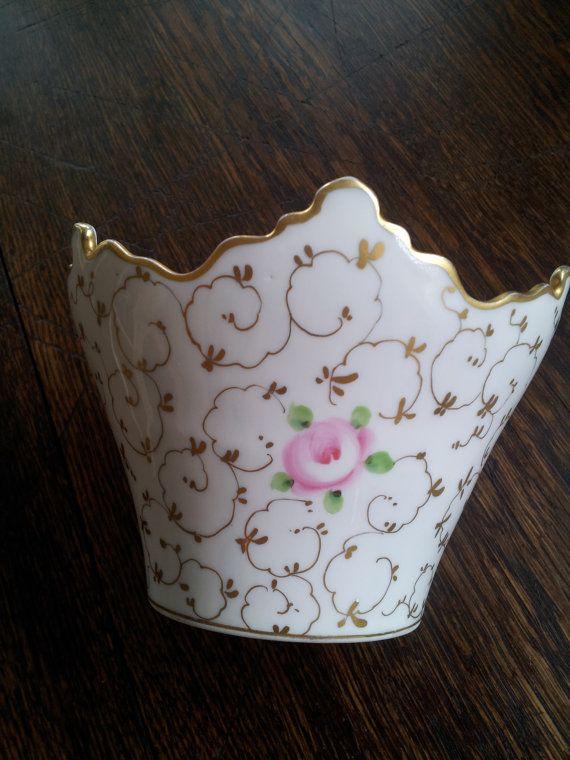 Va Portugal Crown Shaped Vase Vista Alegre By Ereheadideas On Etsy 48 85 Mottahedeh Porcelain Planter Porcelain Ceramics