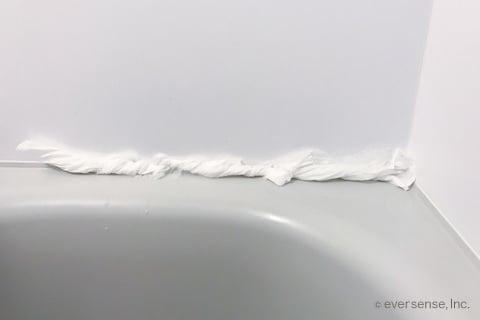 ゴムパッキンのカビの取り方 お風呂の黒カビはカビキラーで一発