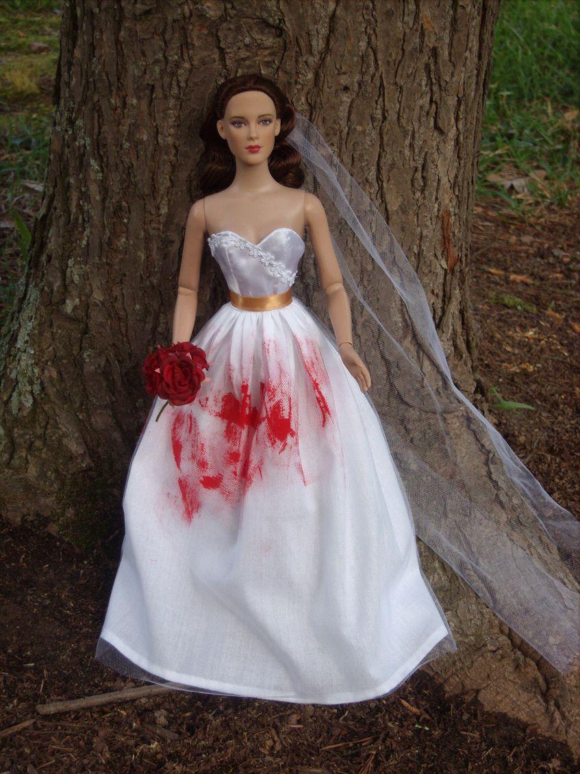 Bella swan nightmaredream wedding gown from twilight breaking bella swan nightmaredream wedding gown from twilight breaking dawn for 16 junglespirit Gallery