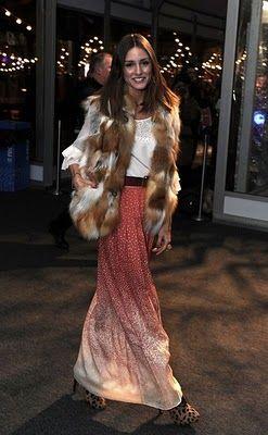 Great look!!! Maxi skirt w/ fur vest!!