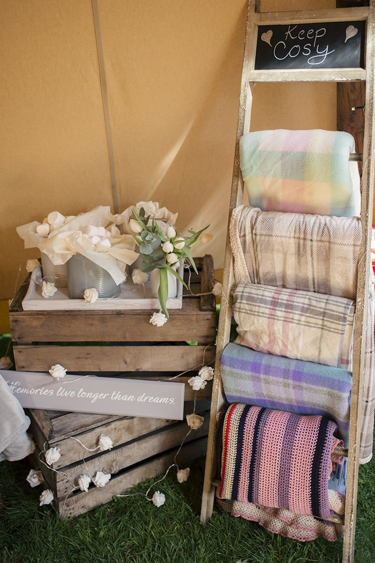 Wedding decorations for house  Ladder Blankets Romantic Country Tipi Wedding