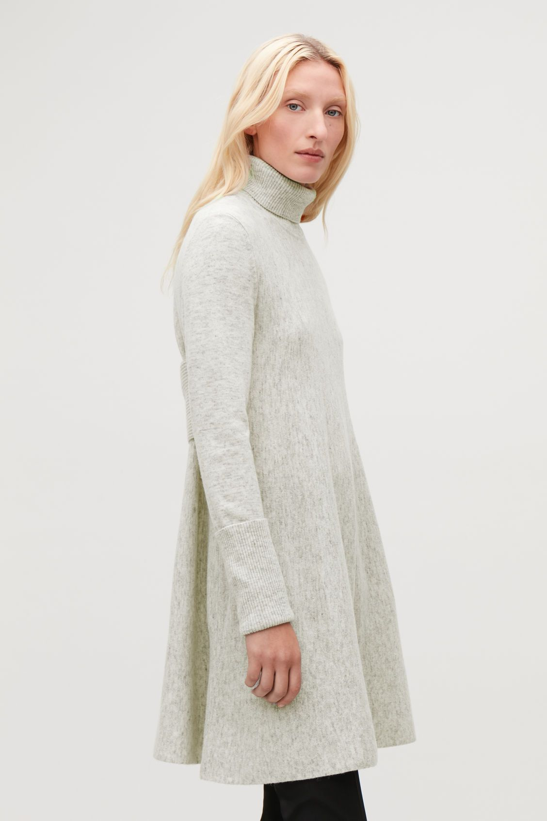 23 Sweater Dresses To Beat The Chill In This Winter Sweater Dress Dresses Turtleneck Sweater Dress