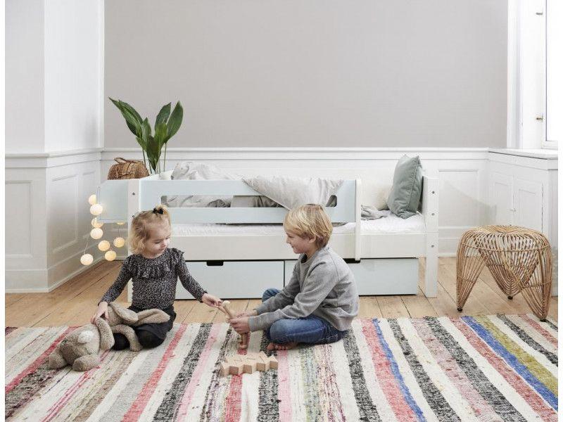 Kinderbett Smartes Kinderbett Mit Absturzsicherung Jetzt Kaufen Kinder Bett Hochbett Kleinkind Kinderbett