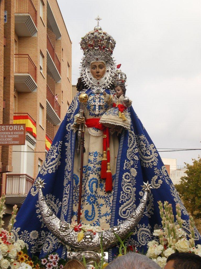 El Rincon De Kai Virgenes De Espana Virgen De La Macarena Imagenes De La Virgen
