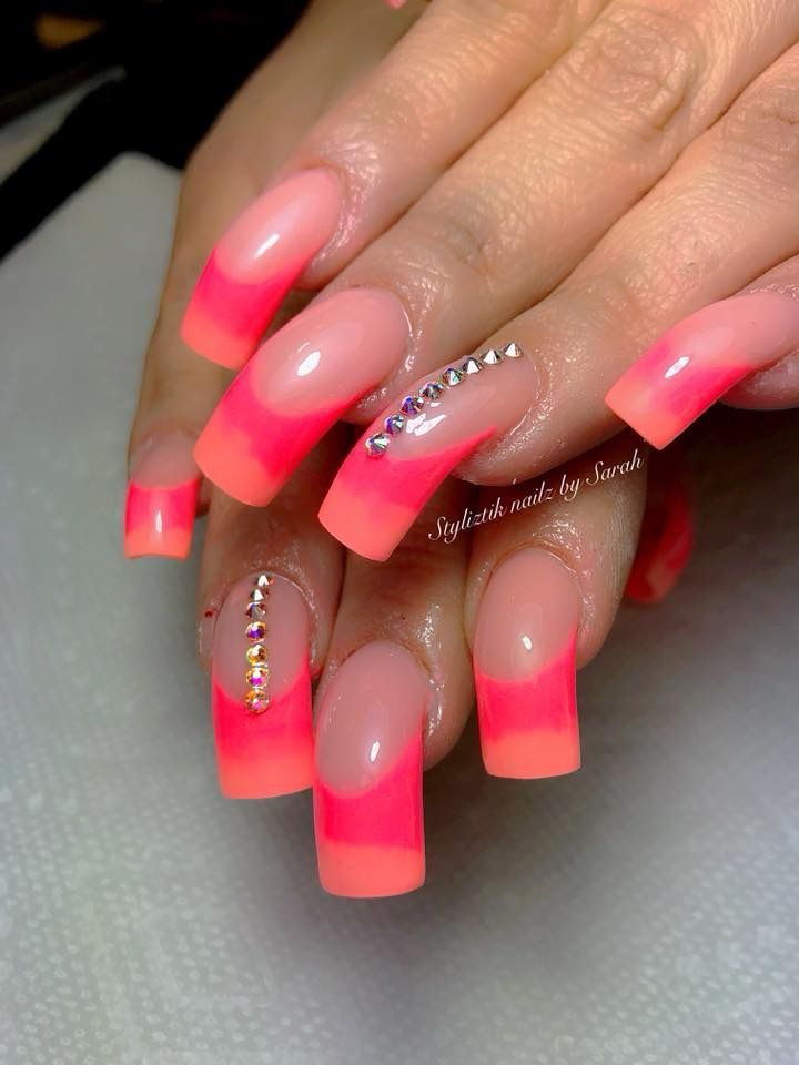 Acrylic curved nails | *Nails* | Pinterest | Curved nails, Long ...