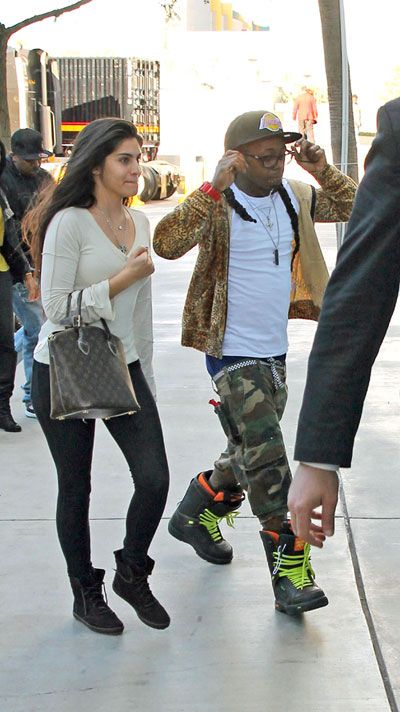 Lil Wayne Breaks Up With Girlfriend Over Sexy Photo Shoot ...
