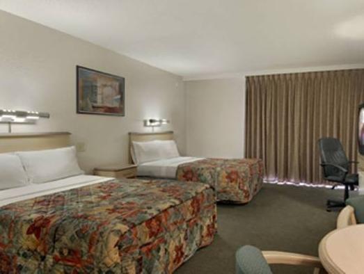 Red Roof Inn Suites Brunswick Brunswick Ga United States