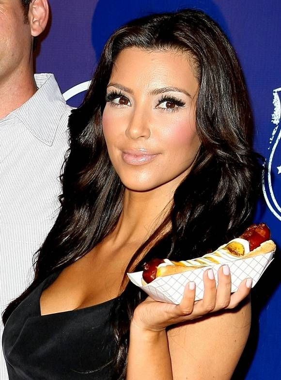 Celebrities Eating Hot Dogs Photos Hot Dogs Eat All American Food