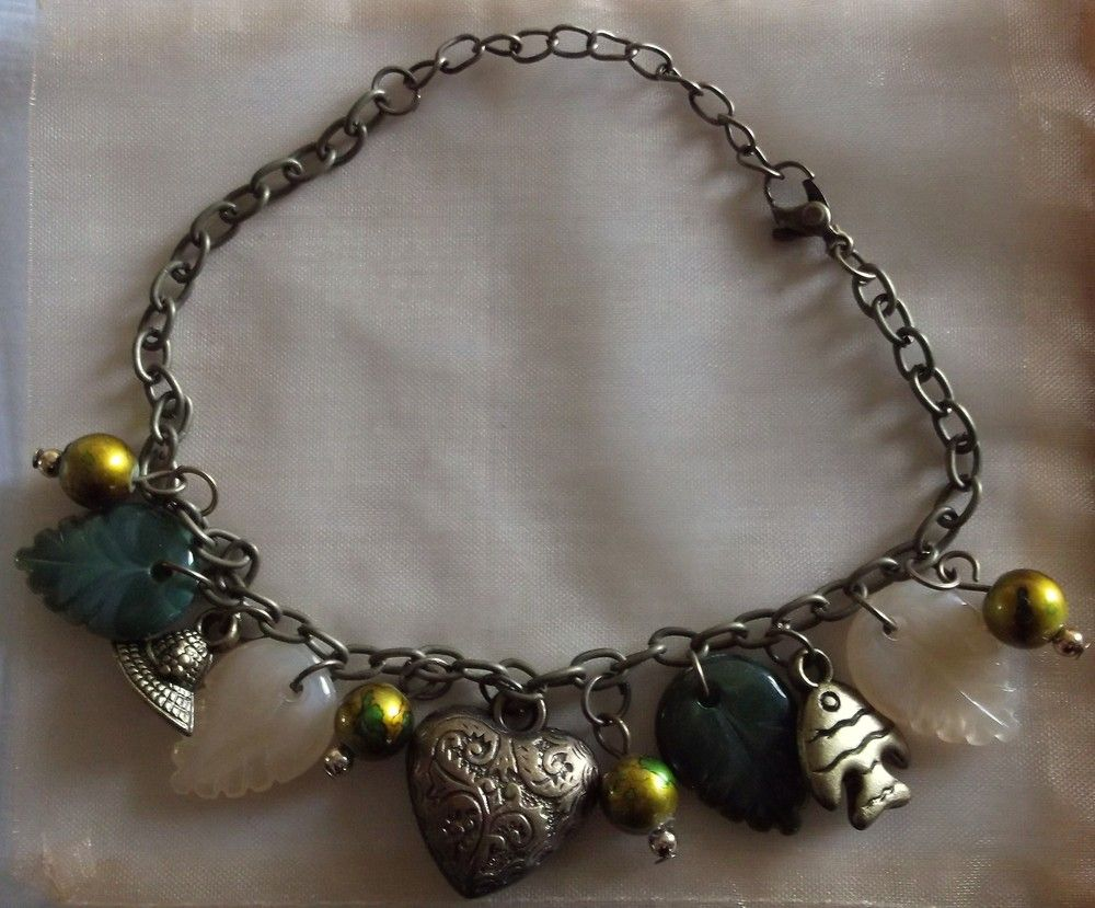 Green Leaf Charm Bracelet via Honey Bee Gifts. Click on the image to see more!  $7.00