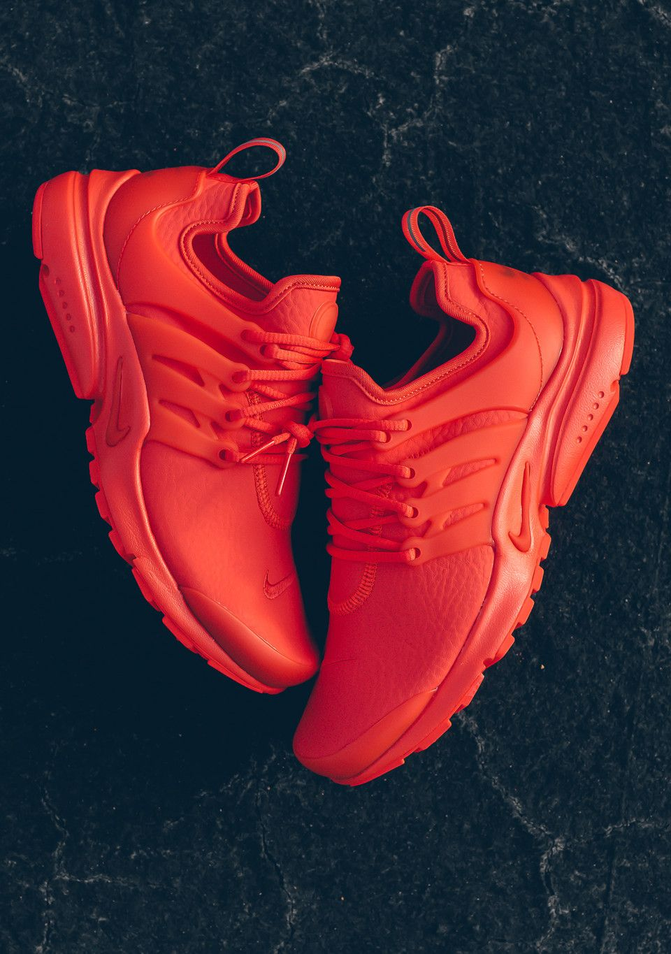 Nike Wmns Air Presto 'Max Orange' (via Kicks