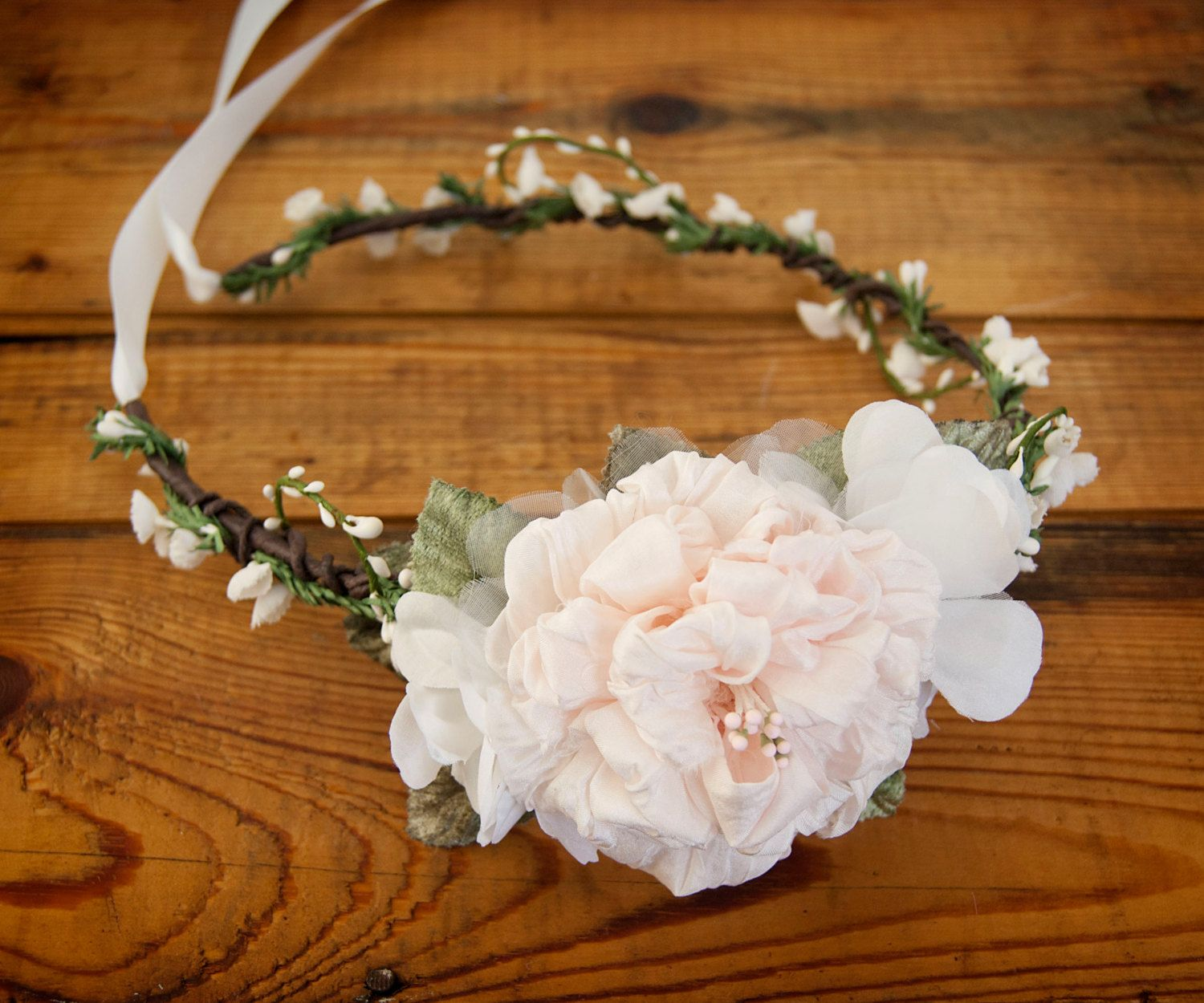 Silk bridal flower crown blush peach rose by foreverhookeddesign items similar to silk flower crown blush bridal hair crown floral wedding headpiece berry hair wreath rustic bridal halo woodland wedding hair band on etsy izmirmasajfo