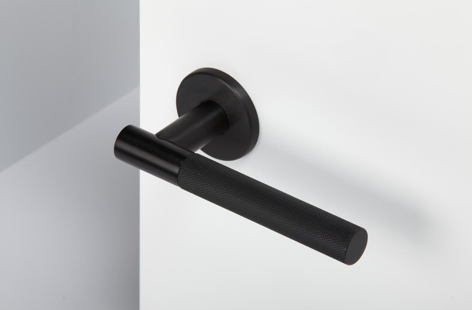 Trapex   FT Door Handles | Projects | Foster + Partners