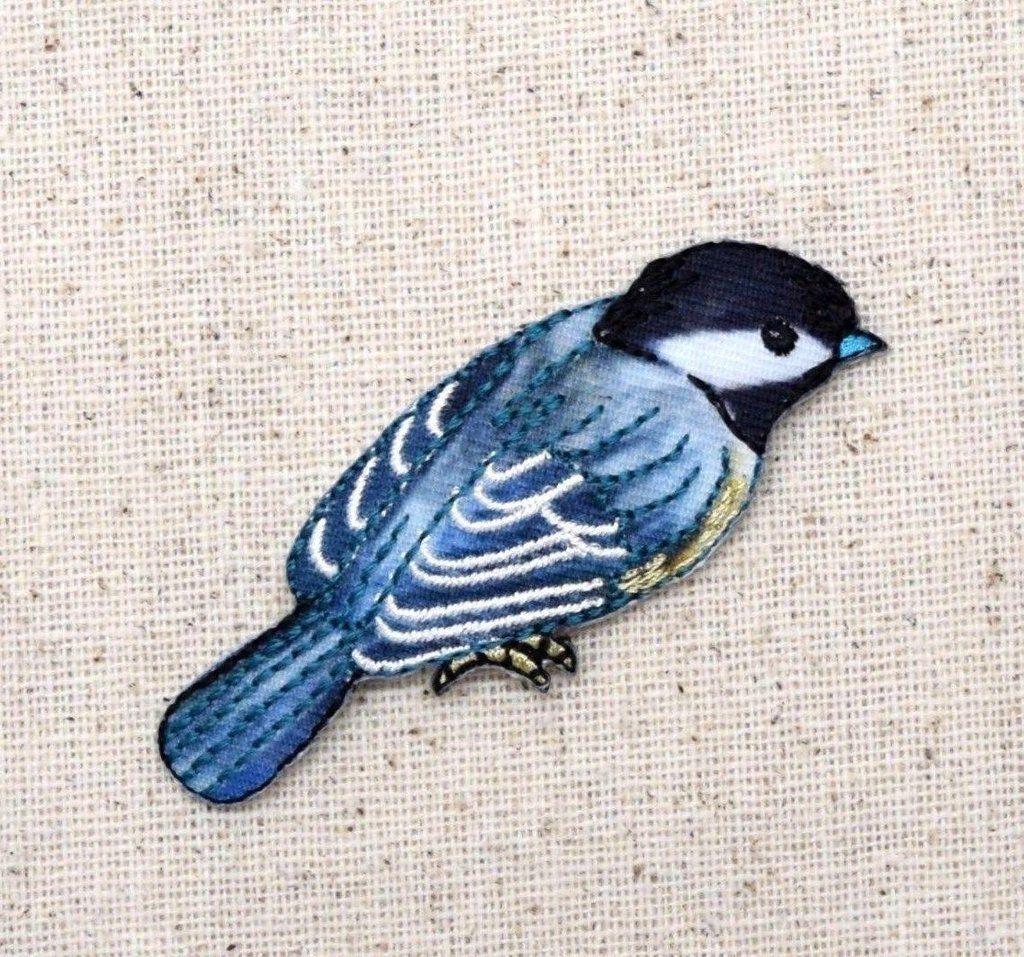 Chickadee - Bird - Facing Right - Iron on Applique - Embroidered ...