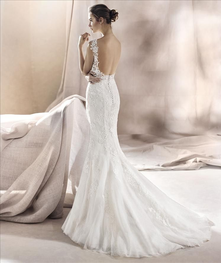 Saura By White One Wedding Dresses Milton Keynes Wedding Dresses Pronovias Wedding Dress Wedding Dress Size 10