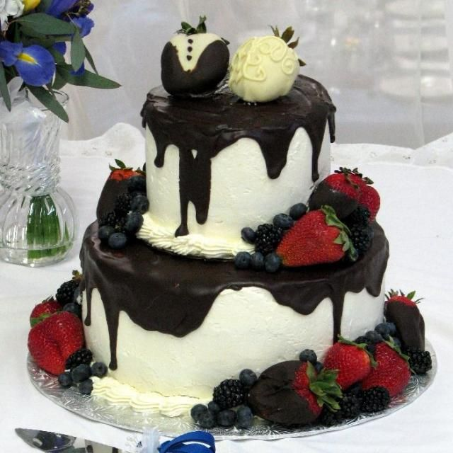 Chocolate And Strawberry Wedding Cake
