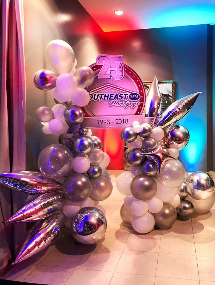 We love balloon displays but we love amplifying them with themed lighting even more. 💥 . . . #seaveventtechnology #technology #eventtech #party #events #design #productioncompany #eventinspiration #eventdesign #eventprofs #corporateevents #proav #eventproduction #lightingeffect #corporateevent